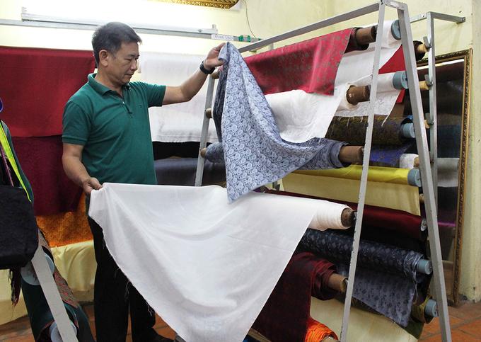 Xưởng ươm tơ dệt lụa hút khách tham quan ở Đà Lạt